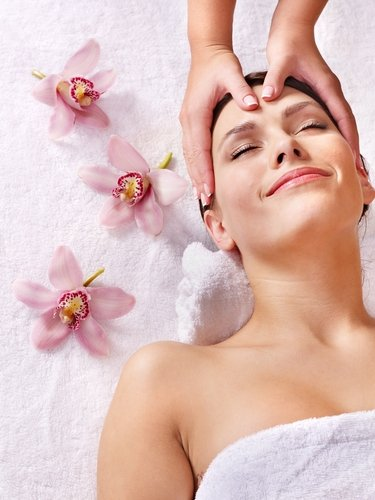 Facial Massage image