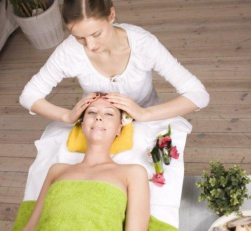 Face massage image